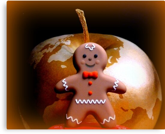 Gingerbread man goes global... by ©The Creative  Minds