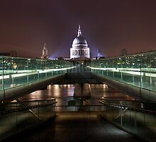 St.Paul's from the Millenium Bridge by Stuart  Gennery
