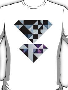 Qyxt T-Shirt