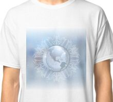 Snow globe with map Classic T-Shirt