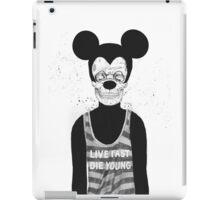 Dead mouse iPad Case/Skin
