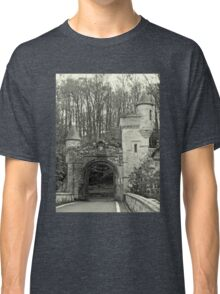 Gatehouse and Turrets Classic T-Shirt