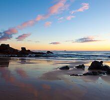 Flynns Beach Morning by Ann Barnes