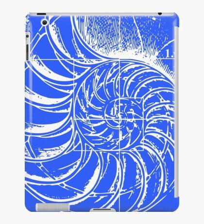 Fibonacci on a nautilus shell (blue) iPad Case/Skin