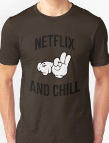 Netflix and chill - hands Unisex T-Shirt