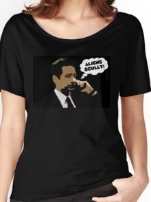 """X-Files Mulder """"Aliens Scully"""" Women's Relaxed Fit T-Shirt"""