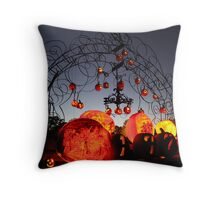 Jack-O-Lanterns 8 Throw Pillow