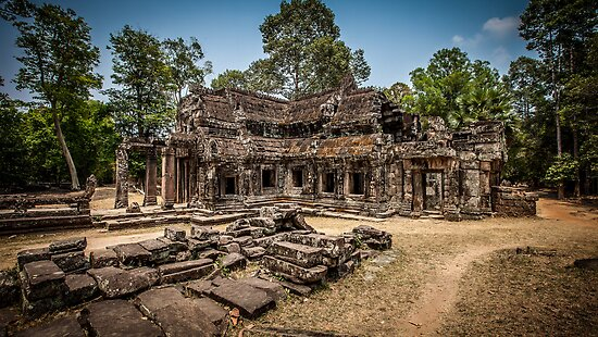 Cambodian library at Ta Phrom by Gavin Poh