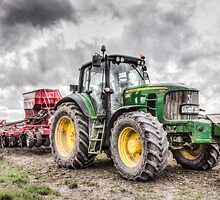 Tractor 1 by Ian Hufton