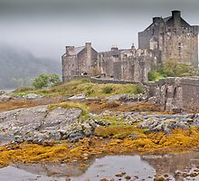 Eilean Donan Castle by Stephen Knowles