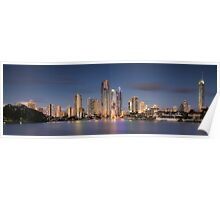 Surfers Paradise - The Glitter Strip Skyline Poster