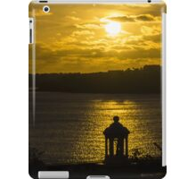 Lighting the Sea iPad Case/Skin