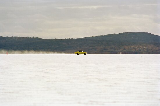 Holden Monaro on the salt at full throttle by Frank Kletschkus
