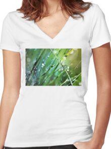 XO Women's Fitted V-Neck T-Shirt