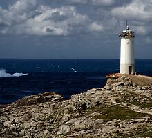 Roncudo Lighthouse by ollodixital