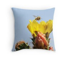 Buzzing In For A Landing! Throw Pillow