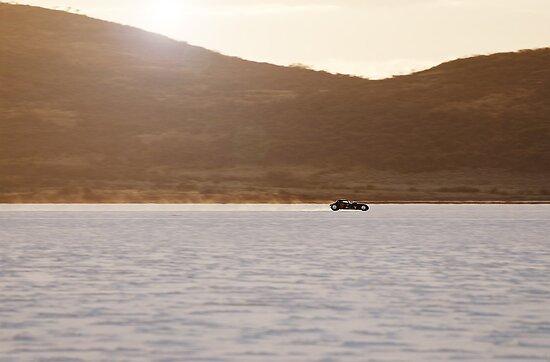 Ford Hot Rod on the salt at full throttle by Frank Kletschkus