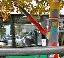 26/4 the knitted tree again by Evelyn Bach
