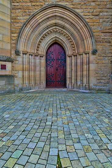 St Saviours Cathedral Doorway by Steve Randall
