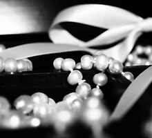 Pearls and Bows by willeygirl2