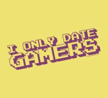 I Only Date Gamers Kids Tee