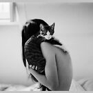 kitty&#x27;s back. by shutterprints