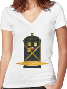 DOCTOR WHOOPER THEORY VINTAGE  Women's Fitted V-Neck T-Shirt