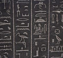 Egyptian hieroglyphs at the british museum in London by RokkaRolla