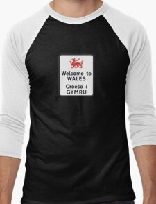 Welcome to Wales Sign, UK Men's Baseball ¾ T-Shirt