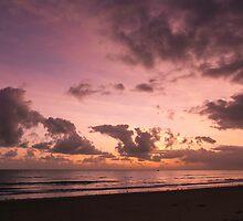 Pre-eclipse Dawn IV - Port Douglas by Richard Heath