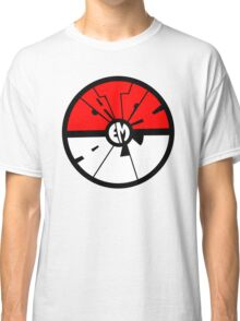 Catch 'em all - Pokeball Classic T-Shirt