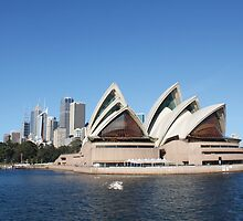 The Sydney Opera House by happychachi