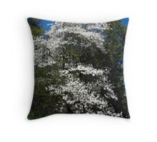 The magestic Magnolia Throw Pillow
