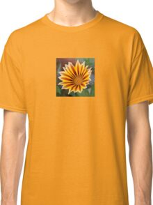 Single Flower Close Up Gazania Red Stripe Classic T-Shirt
