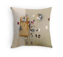 Easel shapes Throw Pillow
