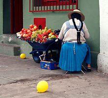 People 4425 Santa Cruz, Bolivia by Mart Delvalle