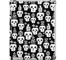Funny bones. iPad Case/Skin