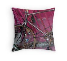 New York 3670 Throw Pillow