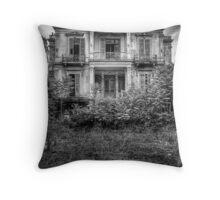 The Salem Mansion v2 Throw Pillow