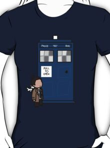 The angel has the phonebox T-Shirt