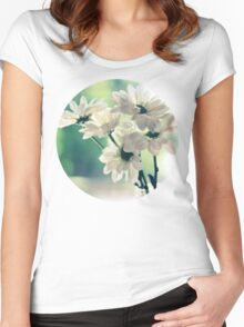 Simplicity Women's Fitted Scoop T-Shirt