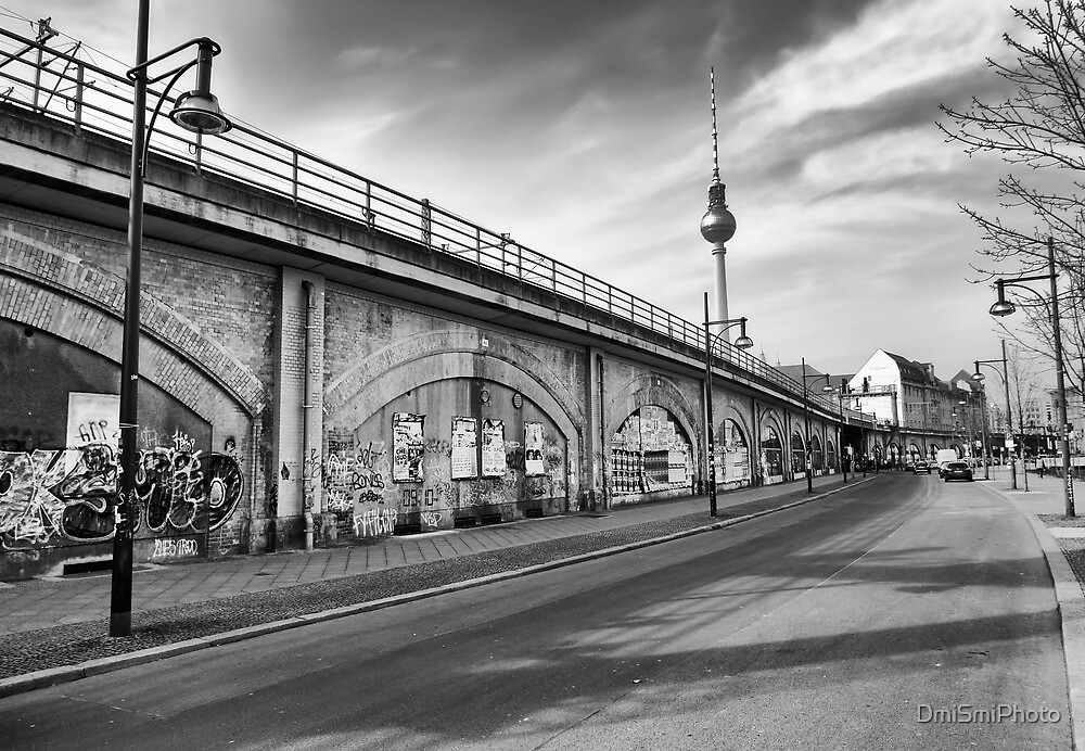 Shadow of the wall of Berlin by DmiSmiPhoto