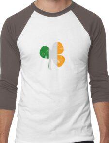 Vintage Irish Flag Clover St Patricks Day Men's Baseball ¾ T-Shirt