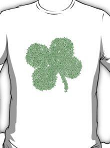 Clover Skulls St Patricks Day T-Shirt
