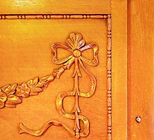 1036 Everett Ave Louisville / Fireplace Mantle by MisterBphotos