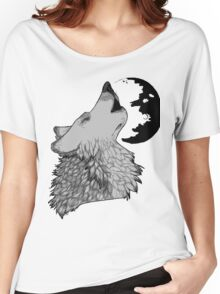 Wolf Howl Women's Relaxed Fit T-Shirt