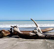 Abstract beach by kokitico