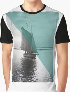 Vintage New England Sailor Graphic T-Shirt