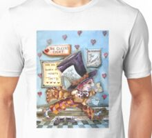 The Mad Hatter - running fom court Unisex T-Shirt
