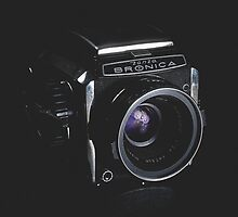 Zenza Bronica Type S by Thierry Vincent